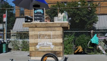 DIY Coffee Cart Made From Reclaimed Pallets