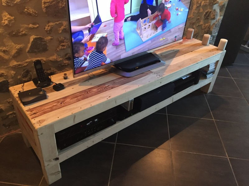 Meuble TV De La Palette  Pallet Ideas Recycled  Upcycled Pallets Furniture -> Meuble Tv En Palette