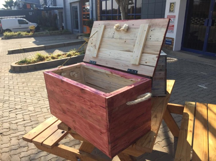 Pallet Wood Made Kids Toy Boxes Pallet Ideas Recycled