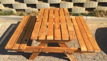 Unique Recycled Pallet Bench