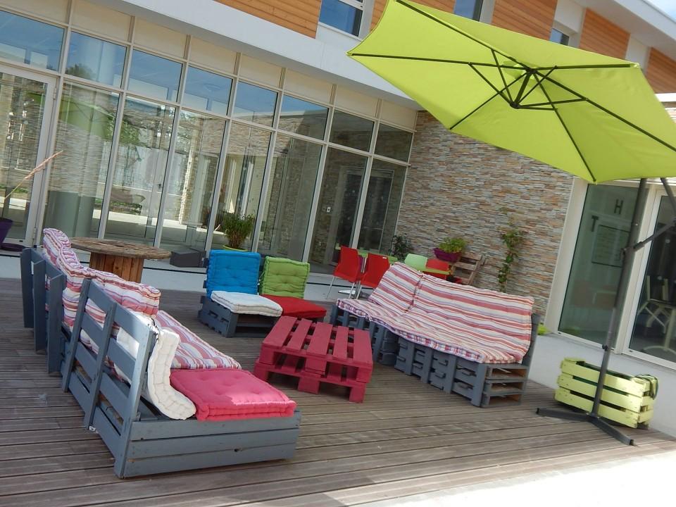Pallets made garden furniture pallet ideas - Muebles de terraza con palets ...