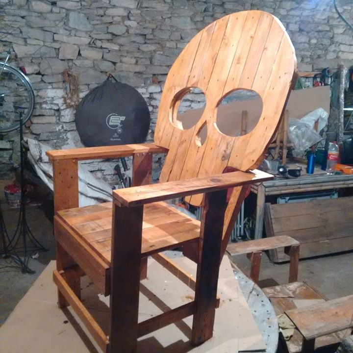 Pallets Made Skull Chair