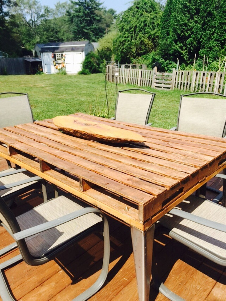 Patio Coffee Table Out Of Wooden Pallets Pallet Ideas Recycled Upcycled Pallets Furniture
