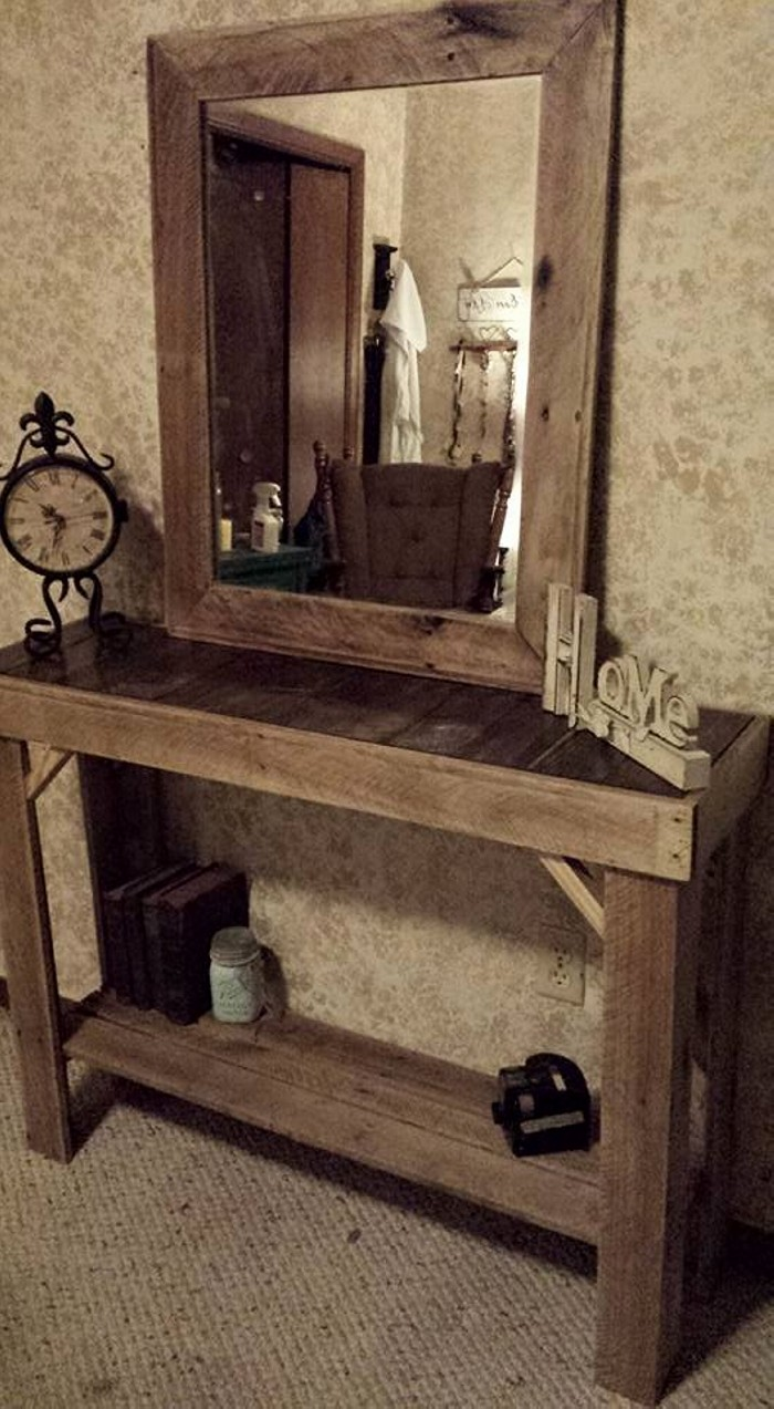 Reclaimed Pallets Wood Entryway Table with Mirror   Pallet ...