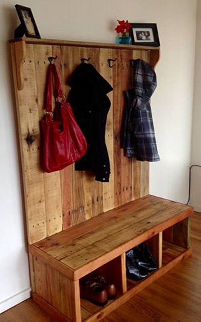 Rustic Pallet Wood Hall Tree Ideas Recycled