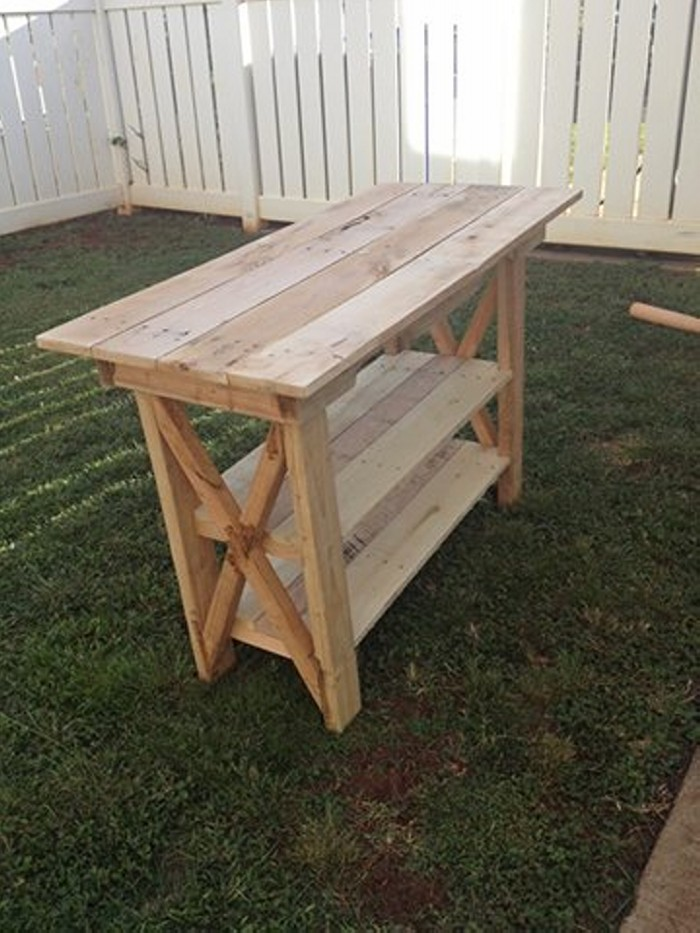 Side table out of pallet wood ideas recycled