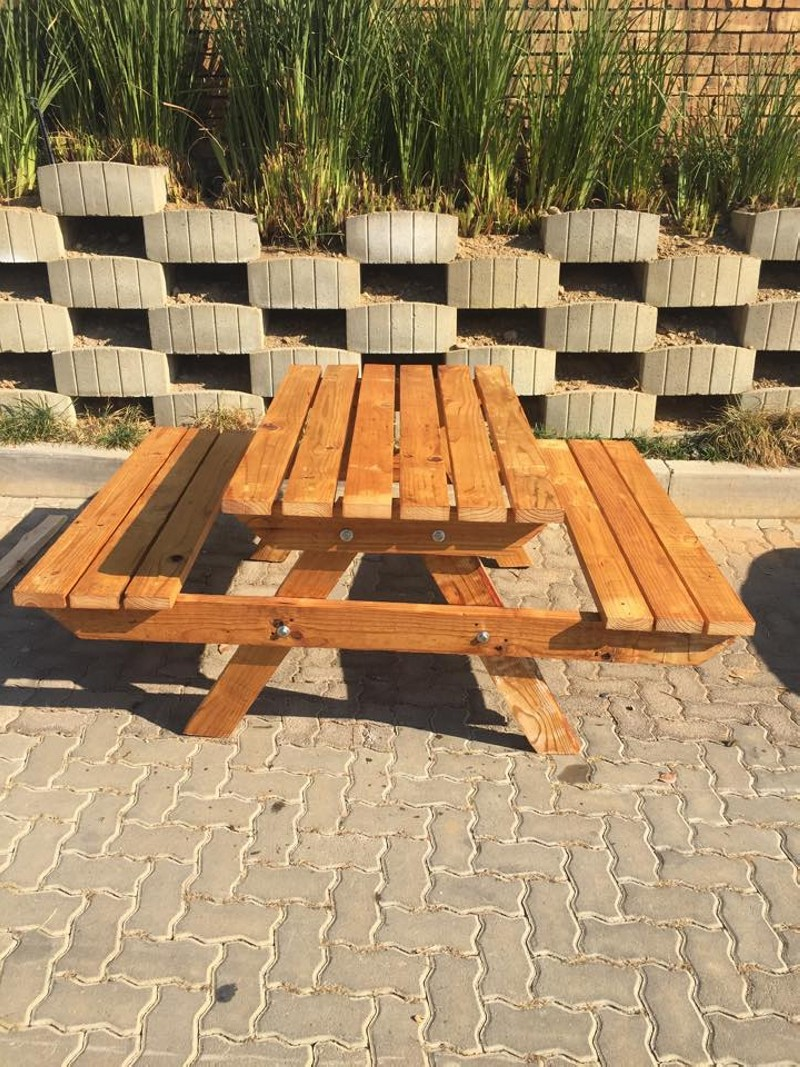 Unique Recycled Pallet Bench | Pallet Ideas