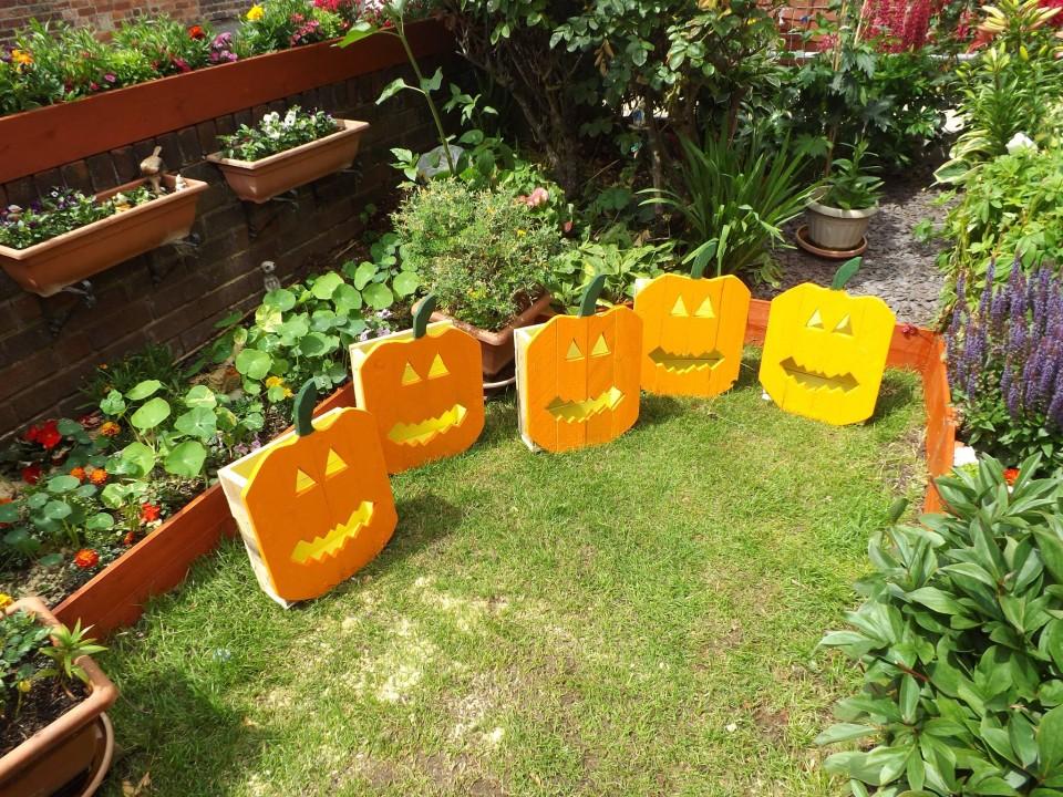 Wood Pumpkins Garden Crafts Out Of Pallets Pallet Ideas