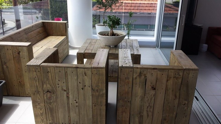 Pallet Wood Made Balcony Furniture Pallet Ideas