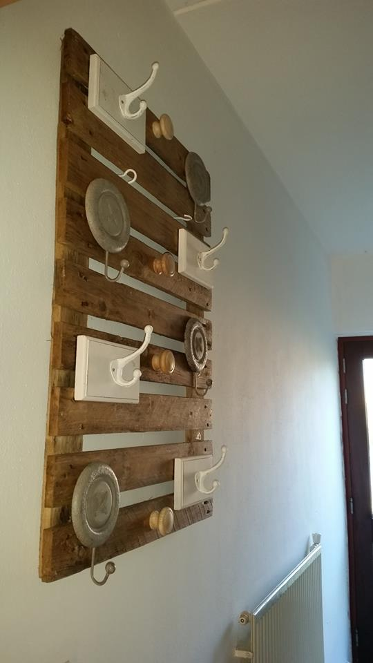 Wooden Pallet Wall Hanger Pallet Ideas