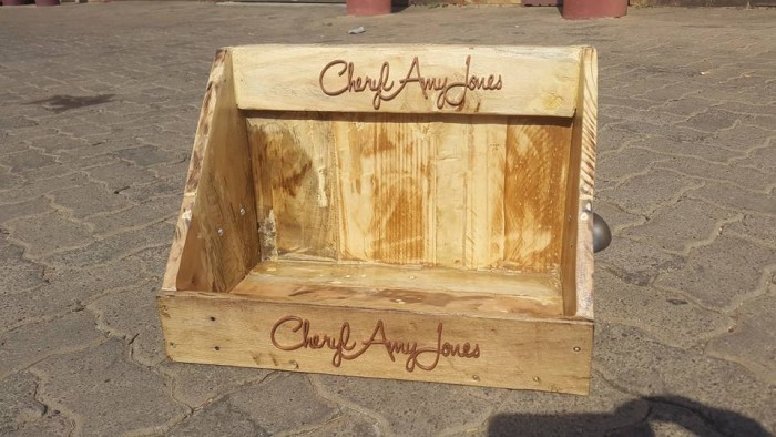 Pallet Made Display Stands | Pallet Ideas