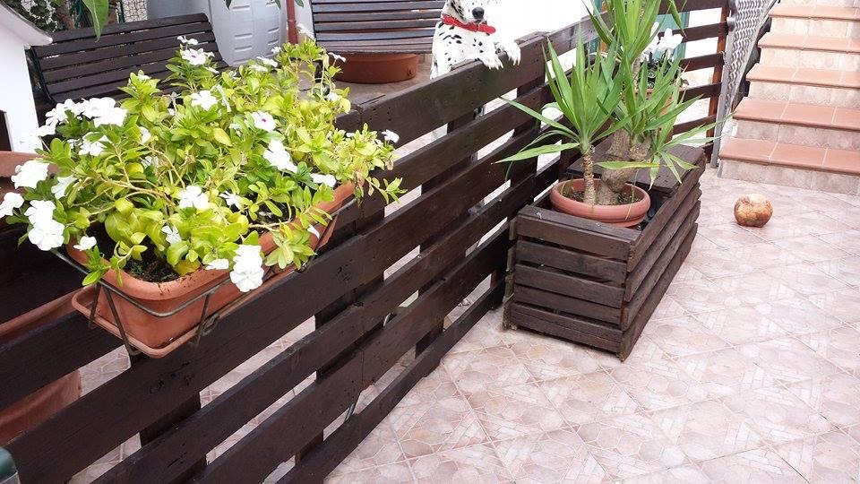 Pallet Garden Fence Planter