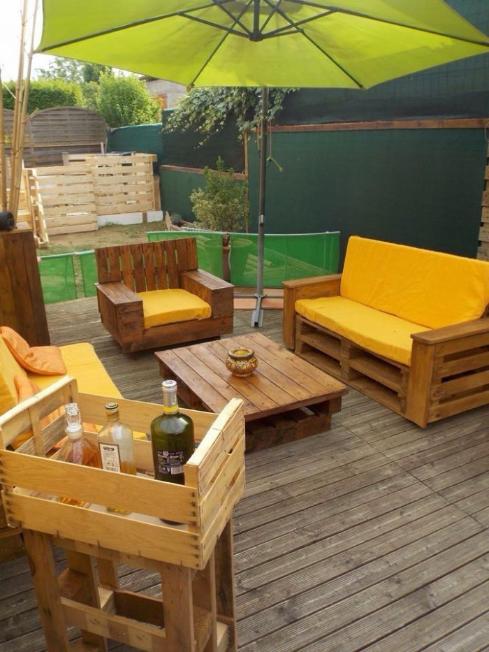 Pallet Wood Deck With Furniture Pallet Ideas Recycled Upcycled Pallets Furniture Projects