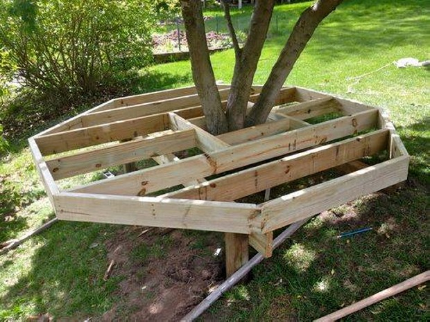 Pallets Ideas Designs DIY Pallet Playhouse For Kids