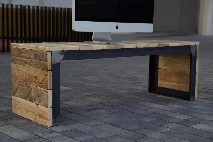 Reclaimed Pallet TV Stand Console Ideas