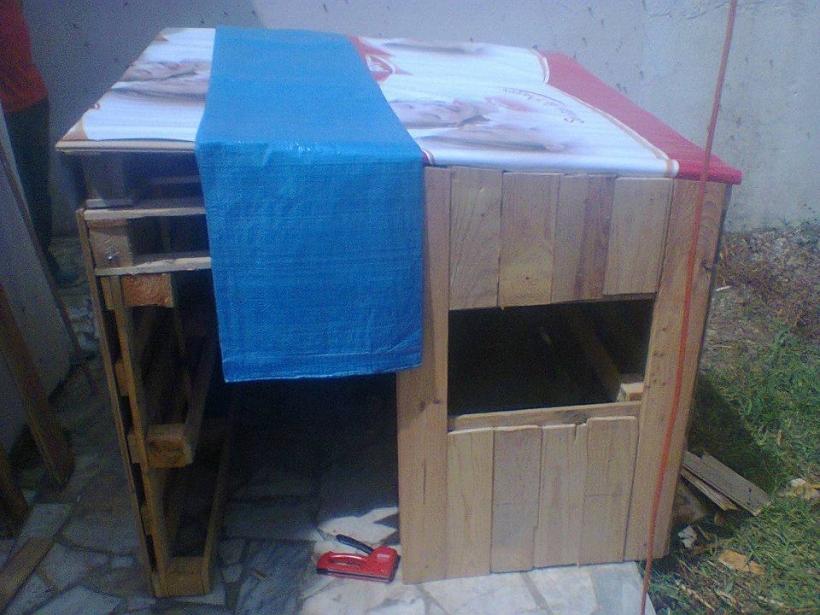 DIY Kids Playhouse
