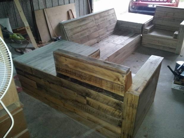 DIY Pallet Furniture Plan | Pallet Ideas
