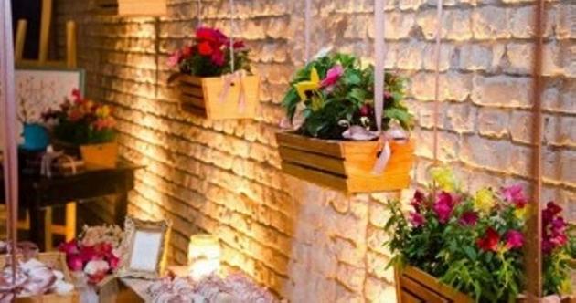 Pallet Decor Planters