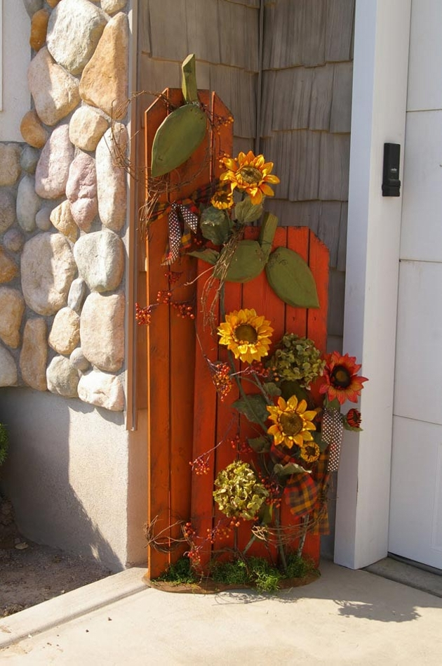 Pallet Fall Porch Decor