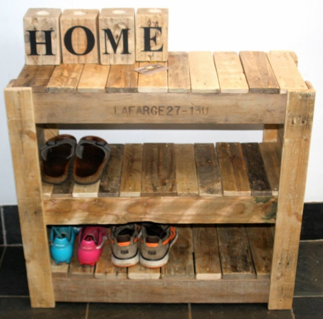 40 Ecofriendly Diy Pallet Ideas For Home Decor More: Recycled Pallet Shoe Rack