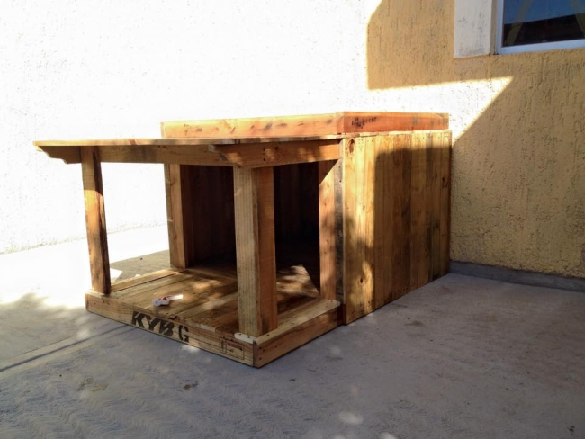 Pallet Wood House For Your Puppies Pallet Ideas