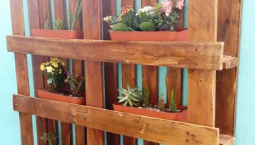 Hanging Garden Out of Wooden Pallet