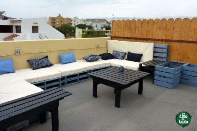 Pallets to Decorate Your Terrace