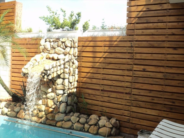 Pool Paneling Ideas with Pallets