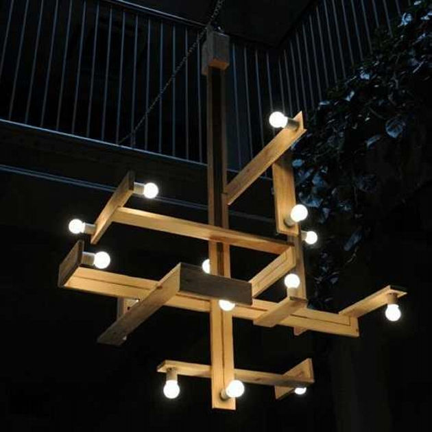 lighting fixture made of wood pallet