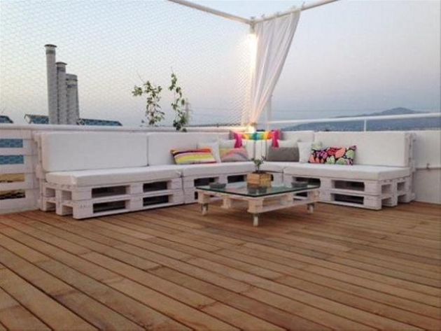 pallets for outdoor furniture