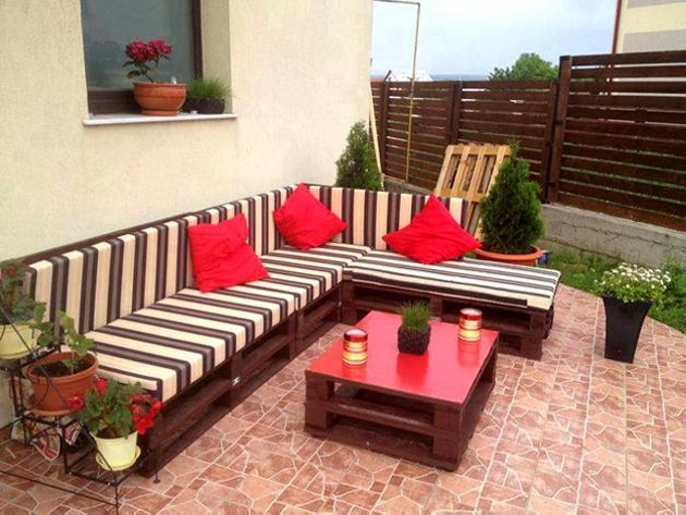 wood pallets for outdoor furniture