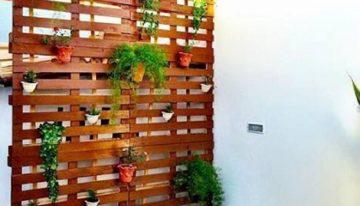 DIY Patio Decoration with Pallet Planter