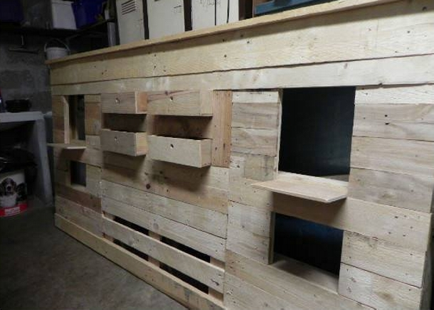 Diy bed headboard out of wooden pallets pallet ideas for How to make a headboard out of pallets