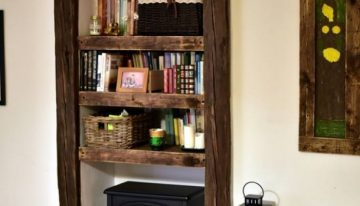 Pallet Shelves with Wall Decor