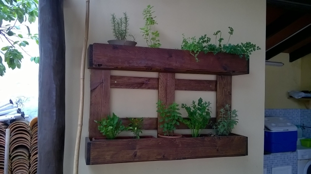 Pallet Wood Wall Planter for Pots Pallet Ideas Recycled