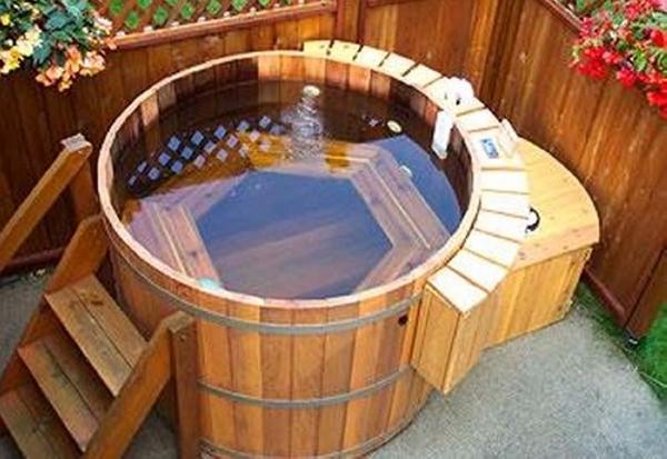 Pallet Cedar Hot Tub