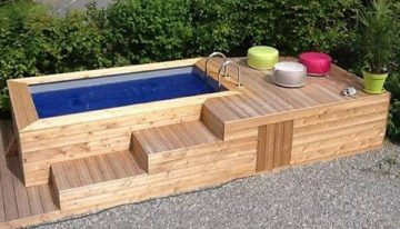 Pallet Hot Tub and Pool Deck Ideas