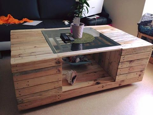 Interesting Pallet Made Table Ideas Recycled