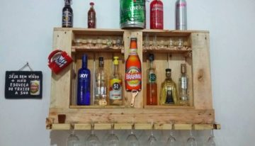 Recycled Wooden Pallet Shelves