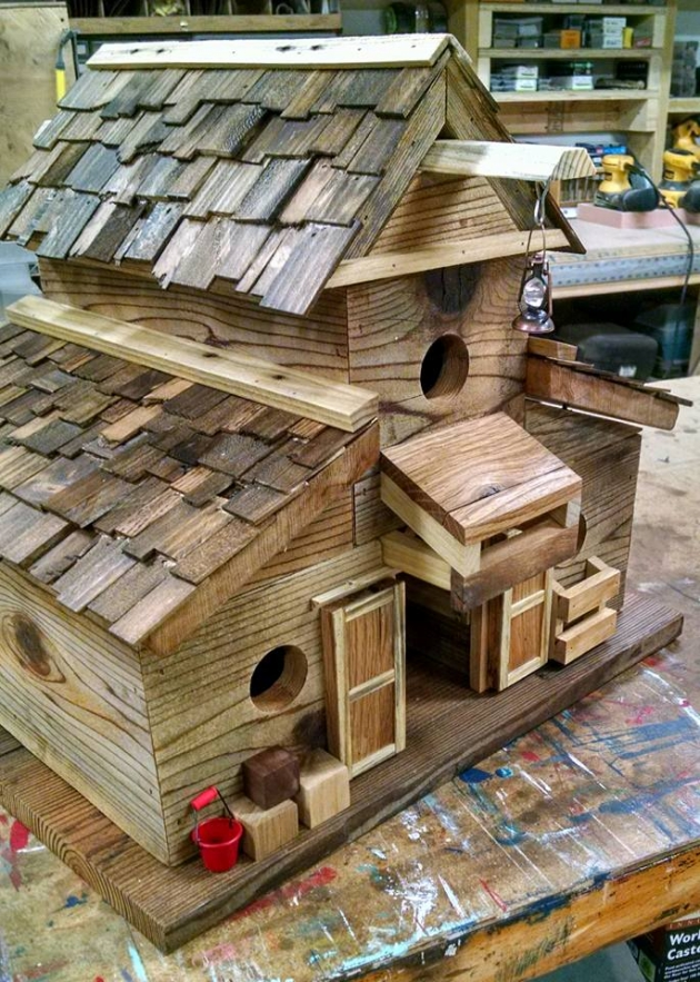 how to make a birdhouse without wood
