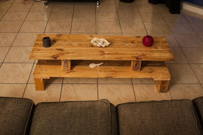 Simple Rustic Pallet Wood Table   Pallet Ideas