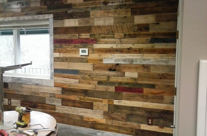 Wall Art Out of Wooden Pallets | Pallet Ideas