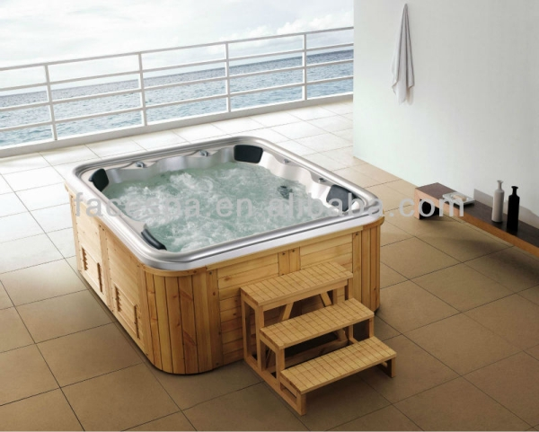 hot tub with pallets