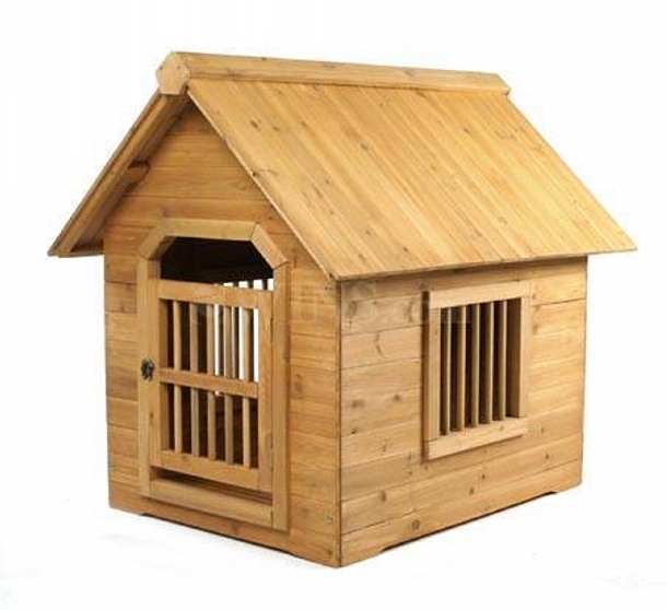 wooden recycled pallet dog house