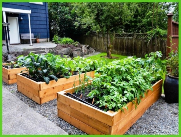 Wood Pallet Raised Garden Bed