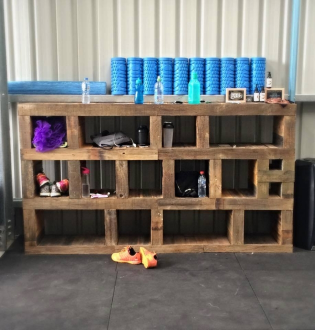 Pallet Shelves Ideas: Wooden Pallet Recycling Ideas