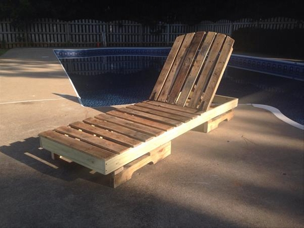 Outdoor furniture pallet projects pallet ideas recycled for Garden pool made from pallets