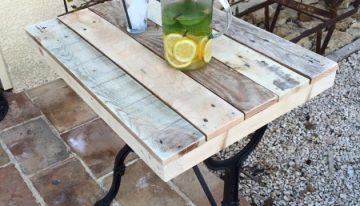 Reclaimed Swing Machine with Pallets Table
