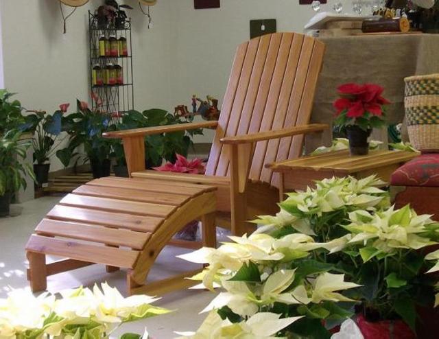 Footrest Pallet Chair
