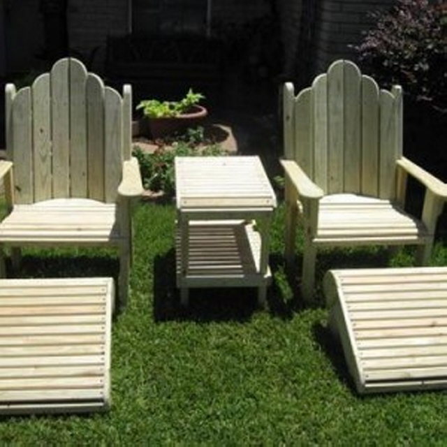 Footrest Pallet Recycled Chairs